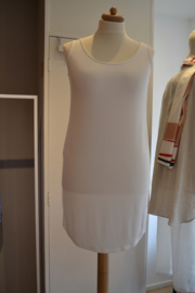 Qneel - Bamboo jersey dress - shaped - white