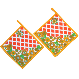 Pannenlappen retro bloemen geel oranje