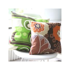 Kussenhoes bloemen bruin retro vintage