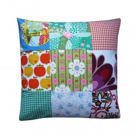 Kussenhoes retro patchwork kleurrijk