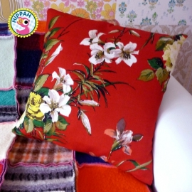 Kussenhoes bordeaux bloemen