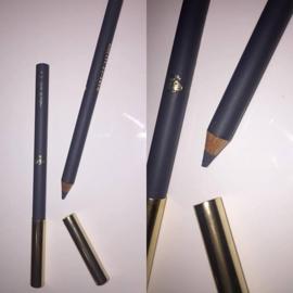 make-up studio Lip Liner Pencil n.4