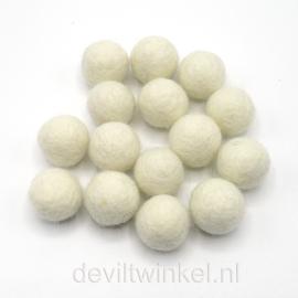 Wolkralen: Wolwit/Ecru 2 cm