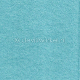 Wolvilt (1 mm dik) Ijsblauw, lap van 38 bij 45 cm