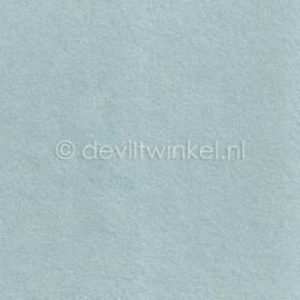 Wolvilt Heel zacht blauw 20 bij 30 cm.