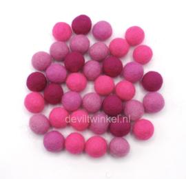 Wolkralen mix in roze tinten. 50 gram (± 35 wolkralen)