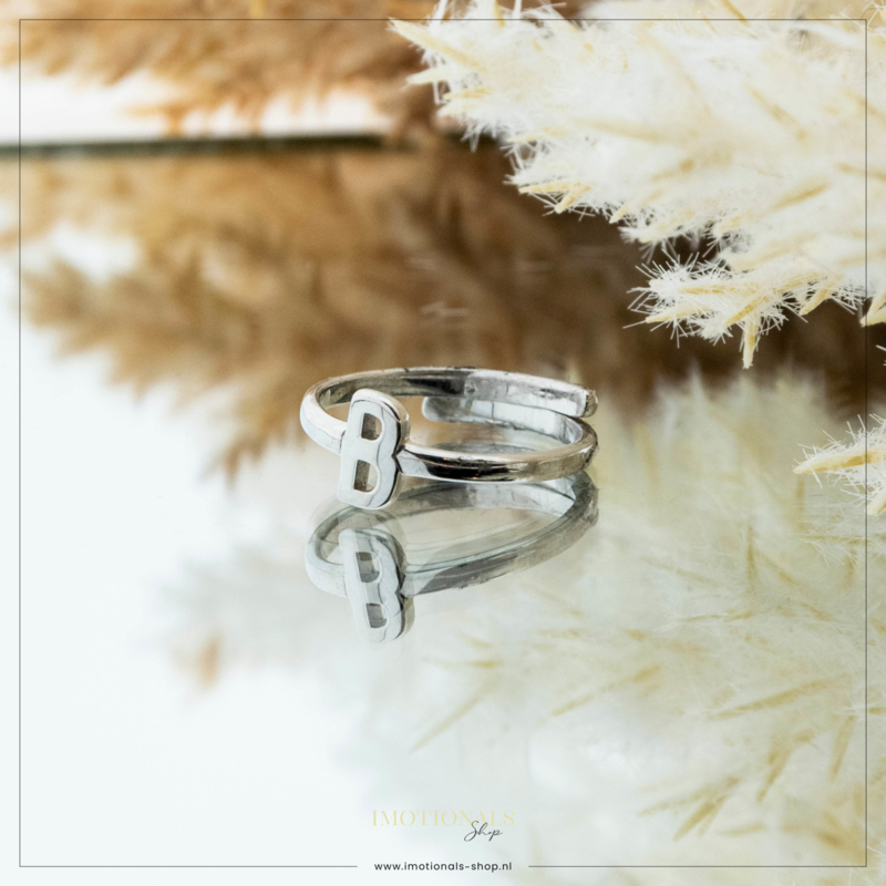 Imotionals One Size Letter Ring B Zilver