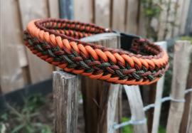 Handgemaakte halsbanden