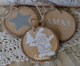Houten kerst schijfje in 5 afbeeldingen, 2 kleuren en afm.