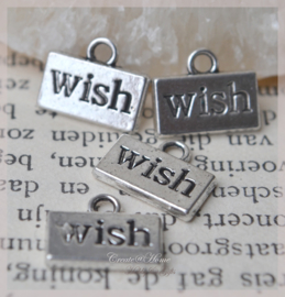 Bedeltje zilverkleur, Wish