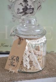 Voorraadpotje glas met brokken olijfzeep & label met stempel naar keuze