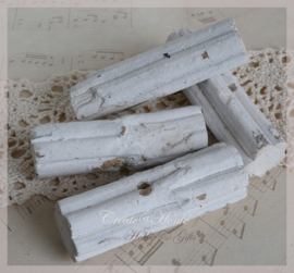Kralen drijfhout, oud wit