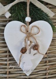 Wit houten hartje met belletjes & rendier