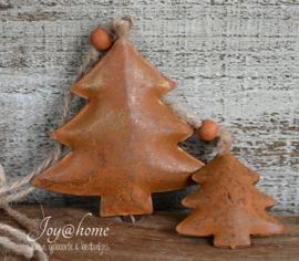 Industriële roestkleurige kerstbomen met kraal in 2 afm.