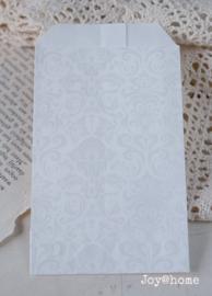 Cadeauzakje wit/zilver barok
