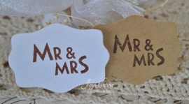 Kraft sticker Mr & Mrs in diverse kleuren