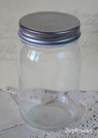 Glazen pot met draaideksel