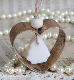 Metalen hart met zeepje