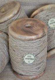 Houten klos groot met 3 draads jute touw