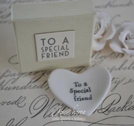Schaaltje met doosje To a special friend..