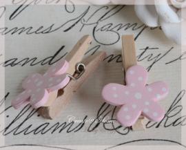 Knijper hout, roze bloem