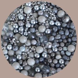 Kralen mix, zilvergrijs