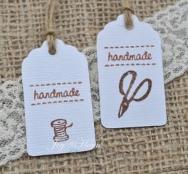 Label Handmade met schaartje of klosje in vele kleurtjes