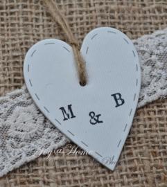 Kraft label hartje met letters naar keuze