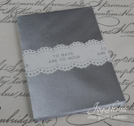 Zilverkleurige envelopjes. Per 10