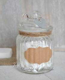 Zeep cadeau, voorraadpotje met zeep stukjes in vele kleurtjes & kraft etiket