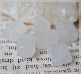 Kralen glas chips, white stone