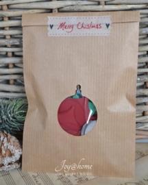 Bruin of wit cadeau kraft zakje kerstbal/boom met cellofaan zakje