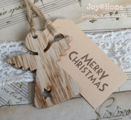 Label Merry Christmas met houten engel