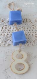 Zeephanger. Zeep blokjes & houten cijfer in diverse kleurtjes