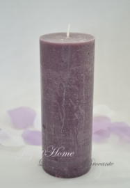Rustieke paarse kaars