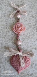 Zeepketting. Zeephartje, roosje & Rhodonite kralen
