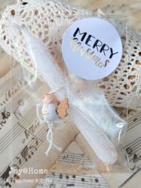 Zakje met glitters, potloodkaarsje, engeltje en kerststicker