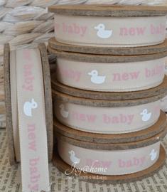 Kartonnen spoel met lint. New baby, taupe/roze/wit