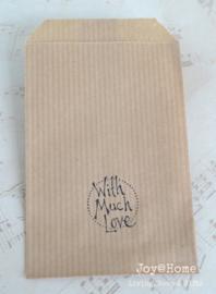 Papieren kraft cadeauzakje bruin of wit met stempel, keuze uit 32
