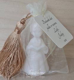 Communie gift. Label, kwastje, zakje & zeep meisje in vele kleurtjes