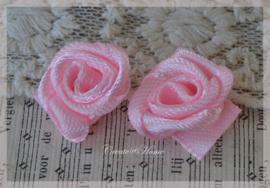 Roosje satijn, roze