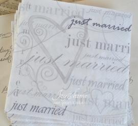 Servetten Just married