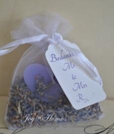 Zakje met lavendel, zeepje & label eigen tekst