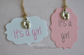 Label It's a girl in vele kleurtjes met bedelvoetjes