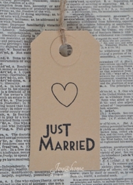 Label Just married met hartje in 7 kleuren