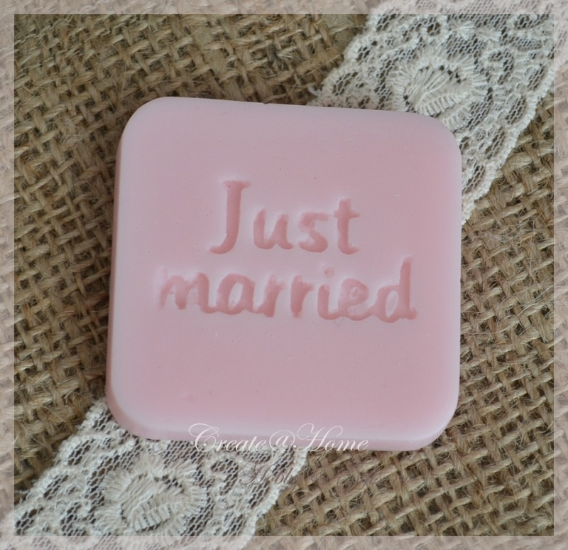 Zeepjes label-tablet Just married. Per 3