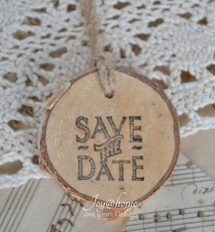 Houten schijfje Save the Date
