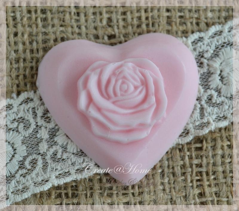 Zeepjes hartje met roosje. Per 5