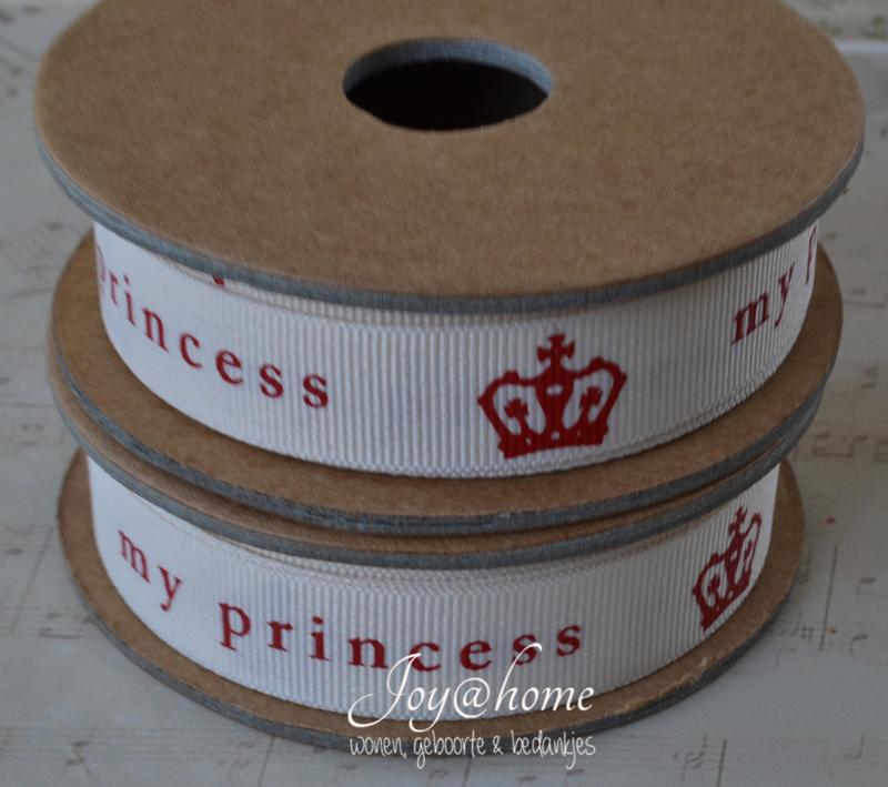 Kartonnen spoel met lint. My princess, crème/rood