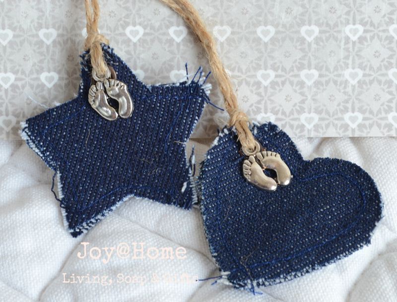 Jeans tag ster of hart met bedel voetjes